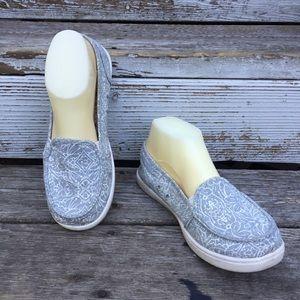 ROXY gray canvas slip on sneaker